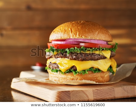 Raddoppiare cheeseburger primo piano formaggio carne sandwich Foto d'archivio © Digifoodstock