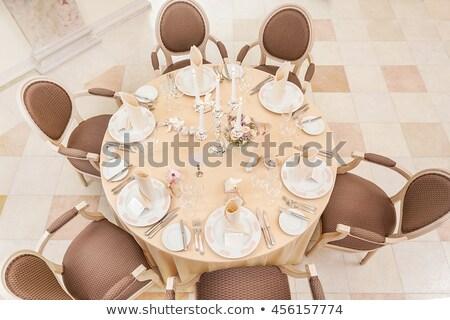 ingericht · tabel · klein · boeket · rozen · kaarsen - stockfoto © nasonov