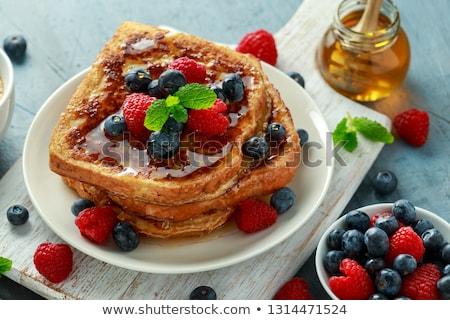 Francia pirítós gyümölcs étel torta reggeli Stock fotó © M-studio