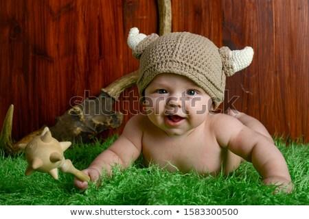 Nino hierba trofeos diversión éxito sonriendo Foto stock © IS2