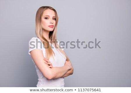 Femme blanche tshirt côté permanent Photo stock © feedough