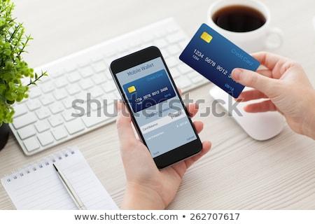 Bankkarte · Handy · weiblichen · Hände · Hand - stock foto © OleksandrO