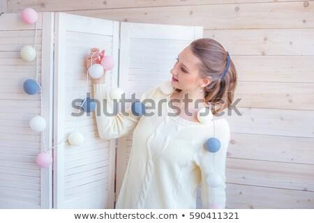 Mooie jonge vrouw wollen string decoratie creatieve Stockfoto © carlodapino