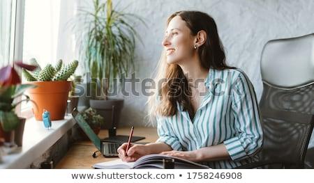 mulher · escrita · jornal · livro · cara · caneta - foto stock © photography33