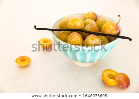 citromsárga · fehér · közelkép · stúdió - stock fotó © lunamarina