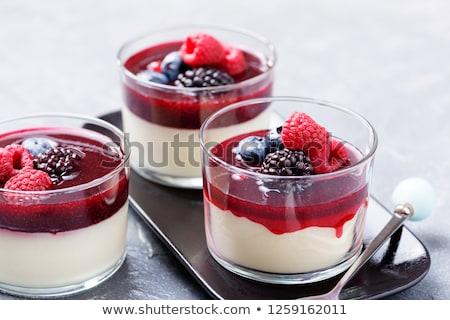 Servito ristorante italiano italiana cotto crema dessert Foto d'archivio © Stocksnapper