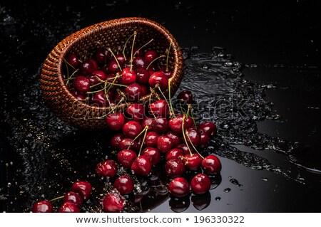 fresco · orgânico · vermelho · cerejas · rua - foto stock © digifoodstock