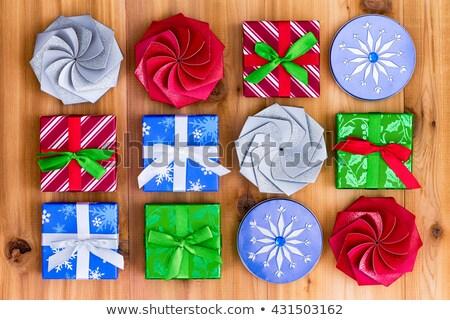 ギフトボックス · 異なる · 色 · 花 · 背景 · 赤 - ストックフォト © ozgur