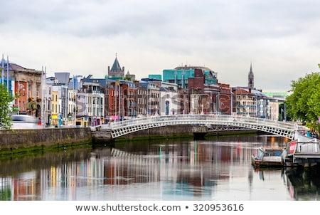 Folyó Dublin Írország kilátás híd égbolt Stock fotó © borisb17