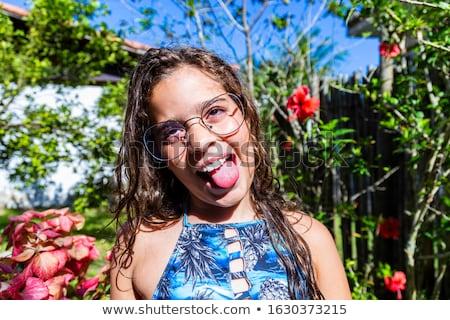 genç · kız · komik · yüzü · yaramaz · eller - stok fotoğraf © photography33