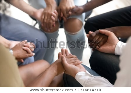 rezando · mujer · de · negocios · mujer · sesión · mesa · negocios - foto stock © photography33