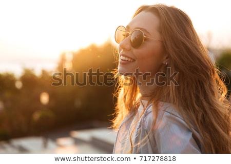 loiro · menina · óculos · de · sol · praia · retro · azul - foto stock © carlodapino