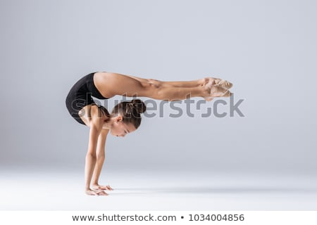 gyönyörű · lány · tornász · testmozgás · nyújtás · izolált · fehér - stock fotó © Len44ik