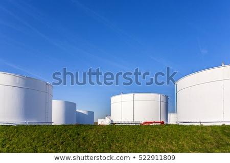 Witte tank boerderij blauwe hemel bouw achtergrond Stockfoto © meinzahn
