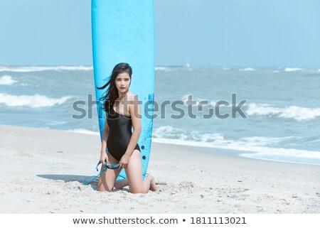 Spiaggia felice surfer asian bikini donna Foto d'archivio © Maridav