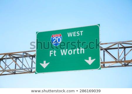 Fort Texas znak autostrady zielone USA Zdjęcia stock © kbuntu