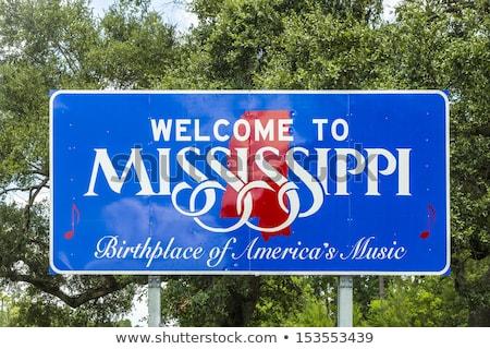 Mississippi autópálya tábla zöld USA felhő utca Stock fotó © kbuntu