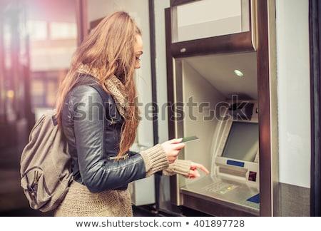 femme · argent · carte · de · crédit · atm · belle · femme · machine - photo stock © redpixel