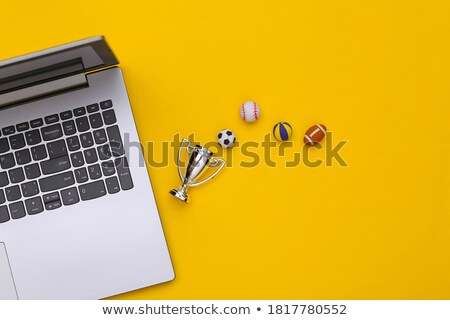 Stockfoto: Klein · laptop · voetbal · voetbal · bal · hemel
