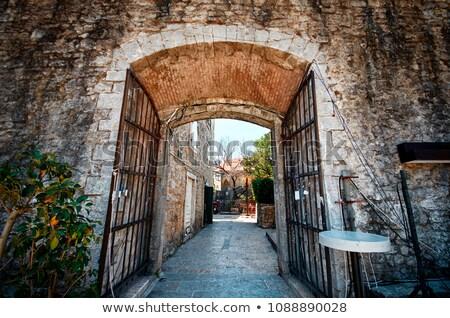 улиц · старый · город · Черногория · пляж · зданий · кирпичных - Сток-фото © travelphotography