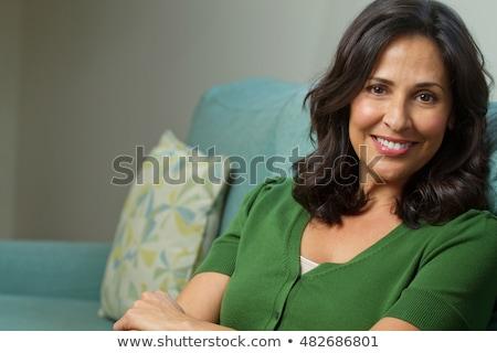 Bella ispanico donna sorridere giovani ragazza Foto d'archivio © keeweeboy