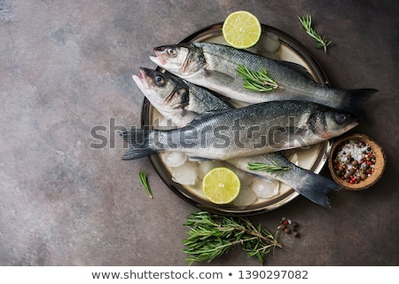 zee · bas · vis · keuken · tabel · diner - stockfoto © yelenayemchuk
