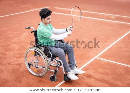 Foto stock: Menino · cadeira · de · rodas · jogar · tênis · ilustração · criança