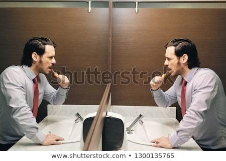 uomo · d'affari · ufficio · bagno · uomini · d'affari · giovane - foto d'archivio © diego_cervo