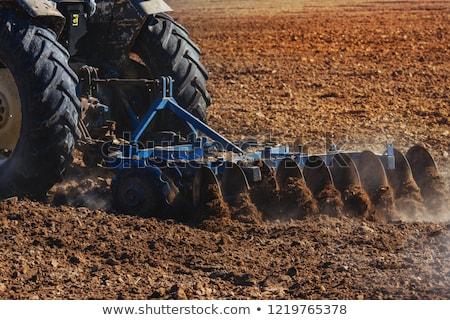 Landbouw trekker veld voorjaar grond klein Stockfoto © simazoran
