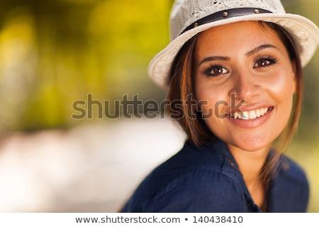 Stok fotoğraf: Gülen · genç · kız · yaz · şapka · zaman