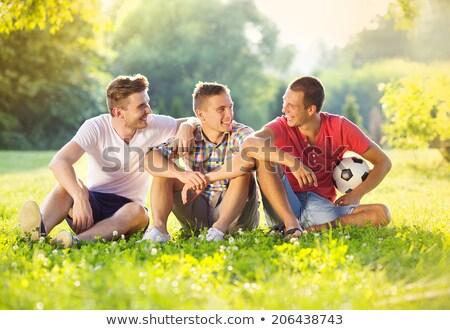 Trzy szczęśliwy znajomych czas wolny wraz dziedzinie Zdjęcia stock © Lopolo