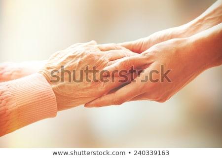 öreg · kezek · tart · fiatal · kéz · sekély - stock fotó © SimpleFoto