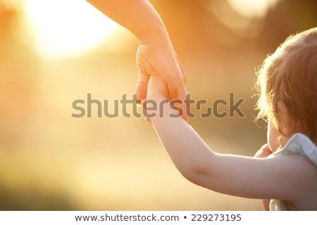 Foto stock: Mãe · criança · tocante · palms · mulher · mão