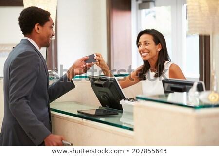 groet · gelukkig · zwarte · vrouw · eerste · klas · mooie - stockfoto © darrinhenry
