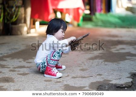 vonzó · lány · erdő · áll · hozzáállás · néz · látnivaló - stock fotó © geribody