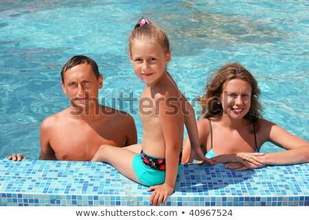 familia · feliz · hotel · Resort · piscina · verano · vacaciones - foto stock © paha_l