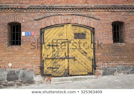 古い 砦 倉庫 ドア デザイン 背景 ストックフォト © alex_grichenko
