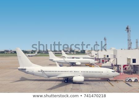Branco rampa aeroporto ver inverno avião Foto stock © ssuaphoto