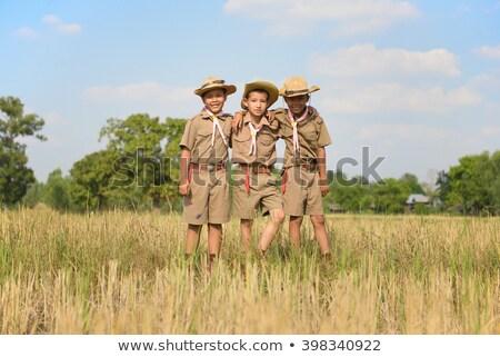 Três crianças escoteiro uniforme ilustração criança Foto stock © colematt