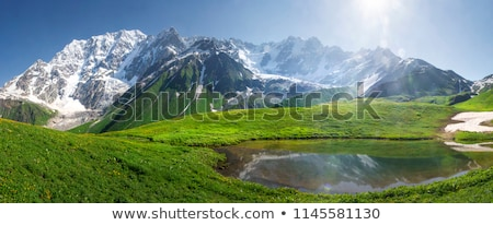 Hegy tó tükör tükröződés Grúzia felhők Stock fotó © Kotenko