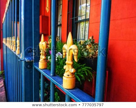 Geel metaal poort achtergrond venster winkel Stockfoto © leungchopan