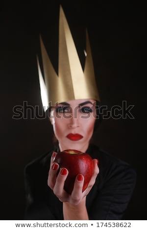 Dunkel Phantasie Bösewicht Zeichen tragen golden Stock foto © tobkatrina
