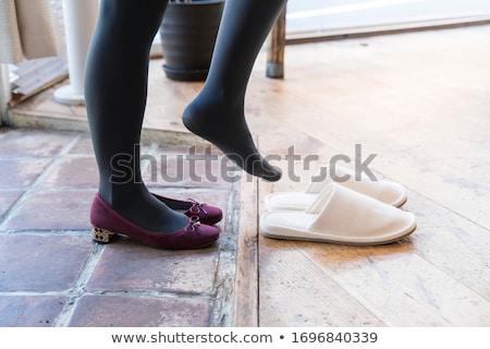 elvesz · el · cipő · vásárlás · nő · magas · sarok - stock fotó © nyul