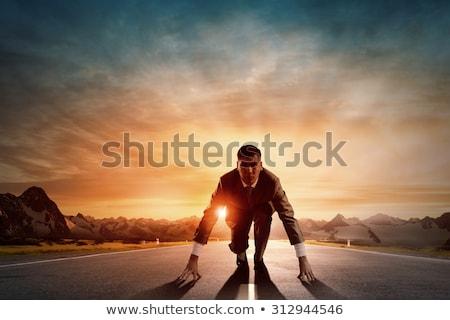 iş · adamı · başlatmak · rekabet · yandan · görünüş · işadamı · yürütme - stok fotoğraf © fuzzbones0