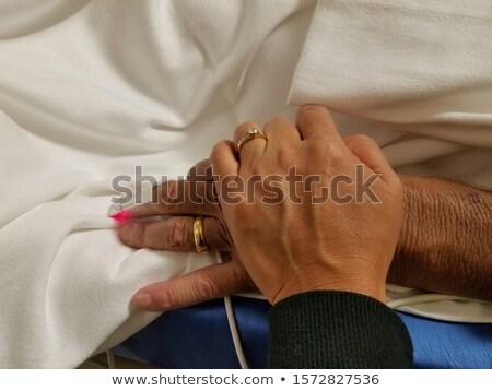 Mãos feminino marido reconfortante Foto stock © pressmaster