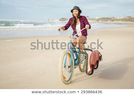 Foto stock: Surfista · nina · equitación · hermosa · bicicleta · playa