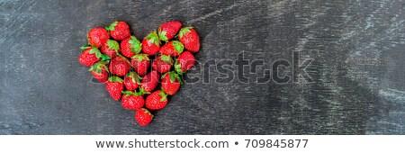 Szalag friss eprek tömb szív alak öreg Stock fotó © galitskaya