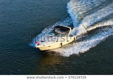 Mały łodzi żeglarstwo morza prędkości Zdjęcia stock © epstock