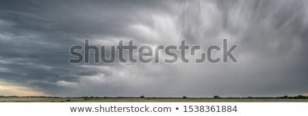 Pesado nubes de tormenta lluvia primavera Foto stock © PixelsAway