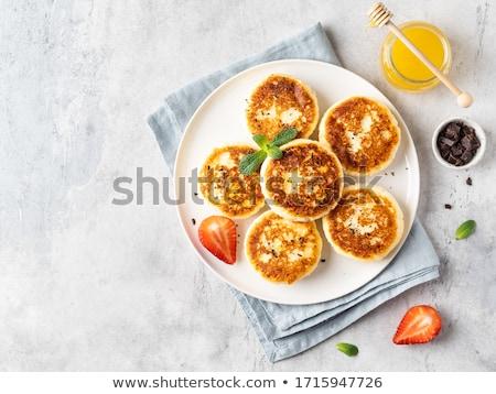 Kaas pannenkoeken cake ontbijt vork lunch Stockfoto © yelenayemchuk